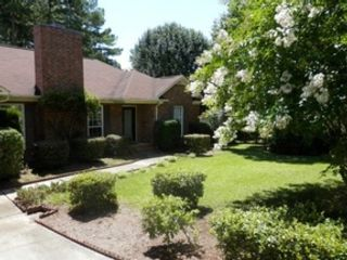 6 BR,  3.50 BTH  Single family style home in Speedwell