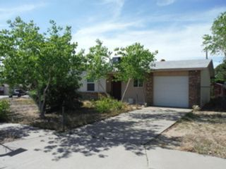 3 BR,  1.50 BTH Single family style home in Charlton