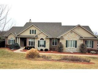 3 BR,  2.50 BTH Single family style home in Cincinnati