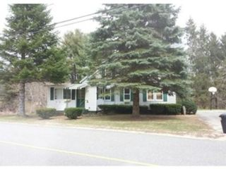 4 BR,  2.50 BTH Single family style home in Westminster