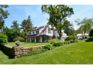 4 BR,  2.50 BTH Colonial style home in New Canaan