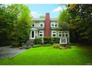5 BR,  4.50 BTH  Colonial style home in New Canaan