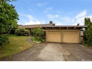 3 BR,  2.00 BTH Cape cod style home in Puyallup