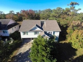 4 BR,  4.50 BTH  Single family style home in Corolla