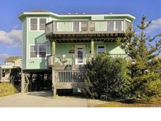 7 BR,  4.00 BTH  Single family style home in Corolla