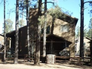 30 BR, 27.50 BTH Single family style home in Afton