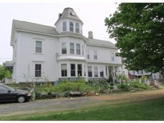 18 BR,  6.00 BTH  Multi-family style home in Worcester