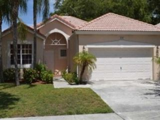 4 BR,  3.00 BTH  Single family style home in Lake Worth