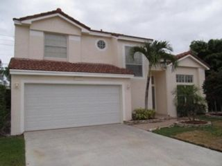 5 BR,  3.00 BTH  Single family style home in Fort Lauderdale