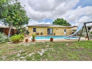 3 BR,  2.00 BTH  Single family style home in Lighthouse Point