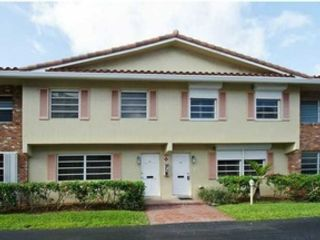 2 BR,  2.00 BTH Co-op style home in Pompano Beach