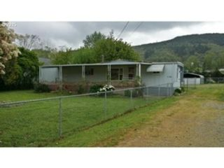 3 BR,  2.50 BTH Single family style home in Maryville