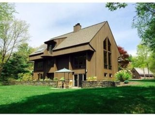 5 BR,  3.00 BTH  Raised ranch style home in Amherst