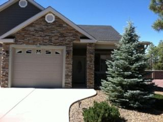 5 BR,  3.50 BTH Single family style home in Yorktown