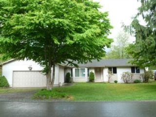3 BR,  2.50 BTH Single family style home in Hampton