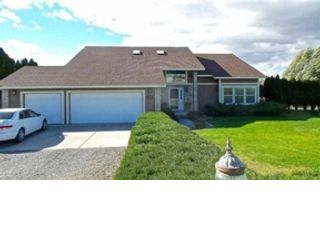 4 BR,  1.00 BTH Colonial style home in Pittsfield