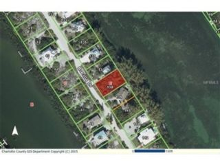 2 BR,  2.00 BTH  Single family style home in Port Charlotte