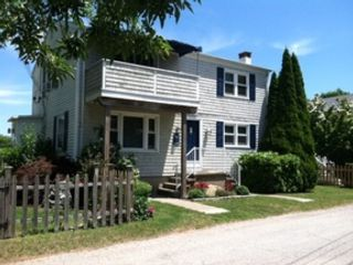 4 BR,  2.50 BTH  Colonial style home in Lunenburg