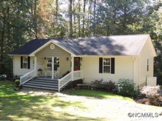 4 BR,  3.00 BTH Single family style home in Olympia