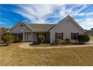 5 BR,  5.50 BTH Traditional style home in Conyers