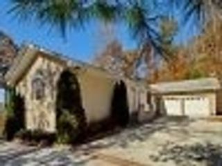 3 BR,  2.00 BTH Multi-family style home in Gulf Shores