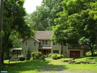 4 BR,  3.50 BTH  Single family style home in Glen Ellyn