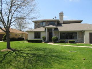 5 BR,  5.50 BTH Traditional style home in Park Ridge
