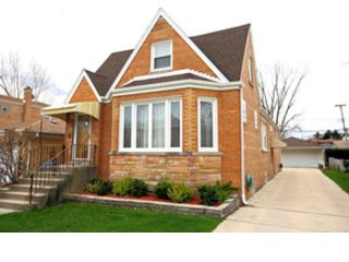 1 BR,  1.50 BTH Single family style home in Chicago