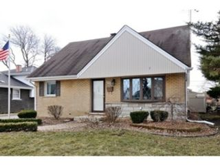 4 BR,  2.50 BTH  Contemporary style home in Roselle