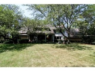 3 BR,  3.50 BTH  Ranch style home in Morton Grove