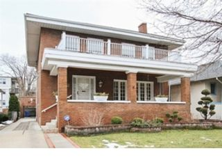 3 BR,  2.50 BTH  Split foyer style home in Park Ridge