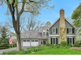 5 BR,  4.50 BTH Traditional style home in Riverwoods