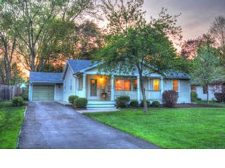 4 BR,  5.50 BTH Traditional style home in Park Ridge