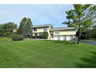5 BR,  4.50 BTH Colonial style home in Lemont