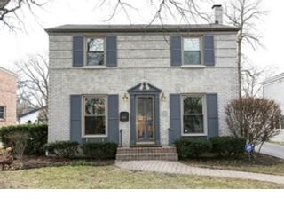 5 BR,  4.50 BTH  Single family style home in Chicago
