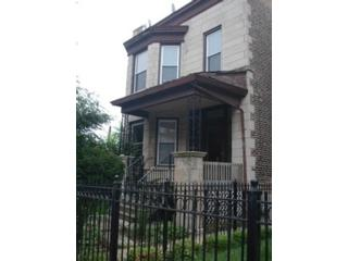 2 BR,  2.50 BTH  Single family style home in Chicago