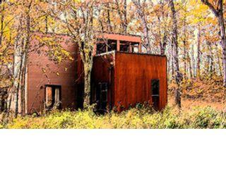 2 BR,  2.50 BTH Contemporary style home in Michigan City