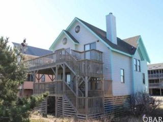 4 BR,  3.00 BTH  Single family style home in Corolla