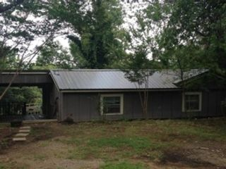 5 BR,  4.50 BTH  Single family style home in Baton Rouge