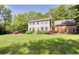 2 BR,  1.00 BTH Ranch style home in Worcester