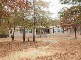 3 BR,  3.00 BTH Single family style home in Flat Rock