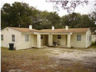 Studio,  0.00 BTH Single family style home in Flat Rock