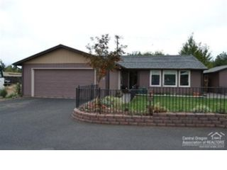 3 BR,  2.00 BTH  Single family style home in Prineville