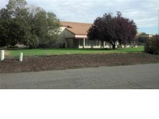 Studio,  0.00 BTH Commercial style home in Zillah