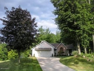 3 BR,  1.50 BTH Single family style home in Spring