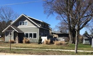 4 BR,  2.50 BTH Single family style home in Humble