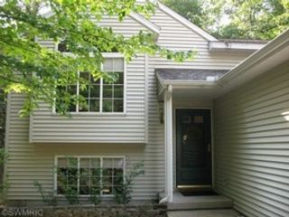 10 BR,  5.00 BTH Single family style home in Ludington