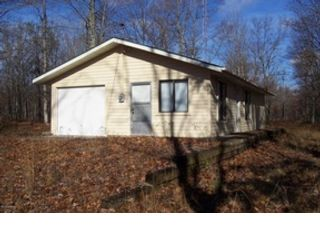3 BR,  1.00 BTH Single family style home in Leroy