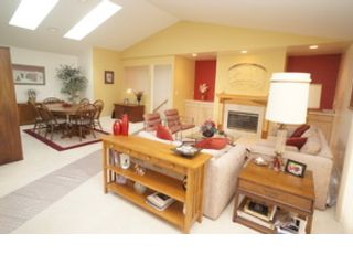 4 BR,  3.50 BTH 1-1/2 story style home in Batesville
