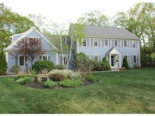 4 BR,  3.50 BTH Colonial style home in Torrington